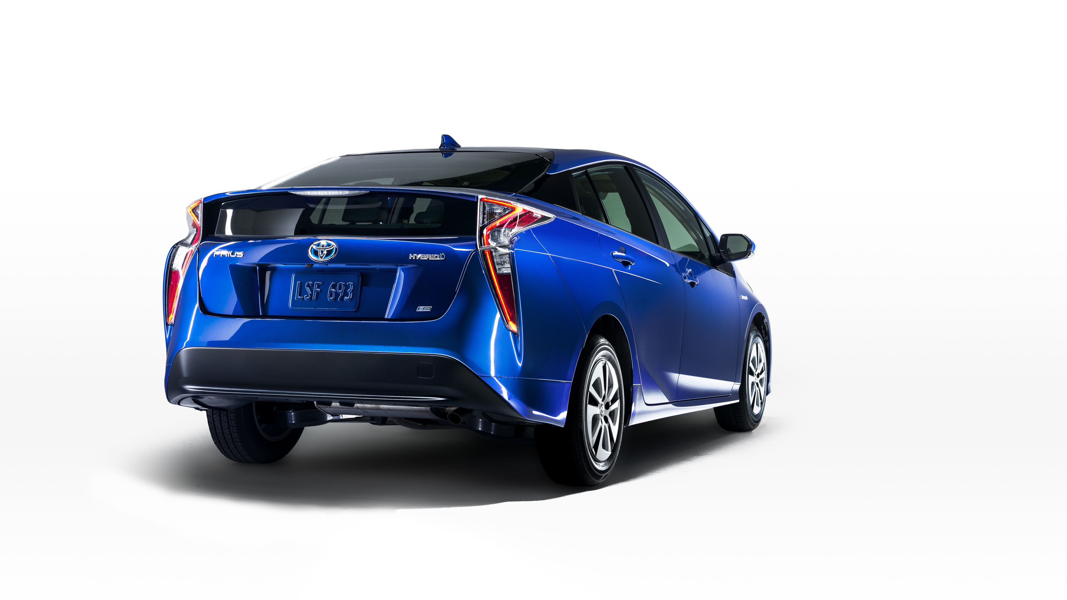 Prius 4 version Eco: fuite de l'image sur le site officiel Toyota