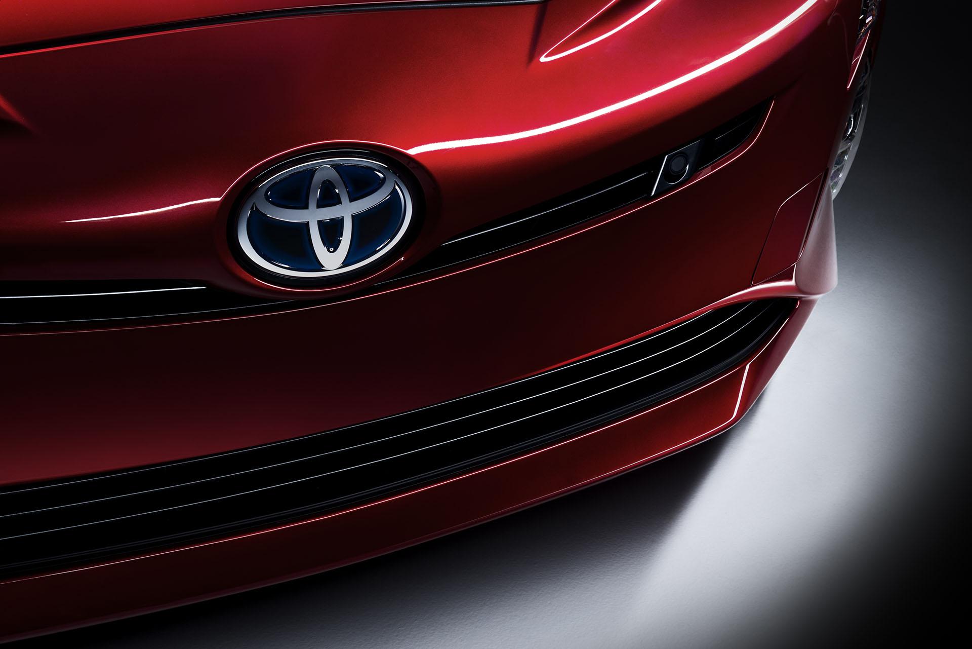 Information officielle sur Prius 4 au salon de Francfort: 18% de consommation en moins
