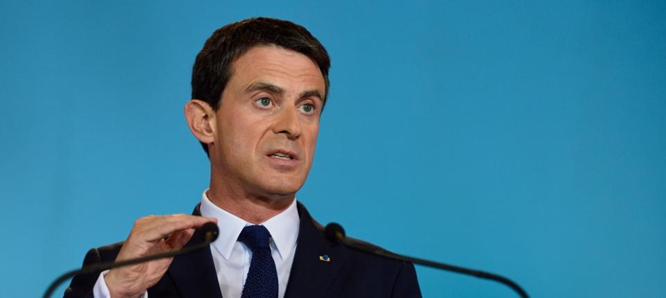 Manuel Valls veut réduire le nombre de décès sur la route avec… des radars et des drones