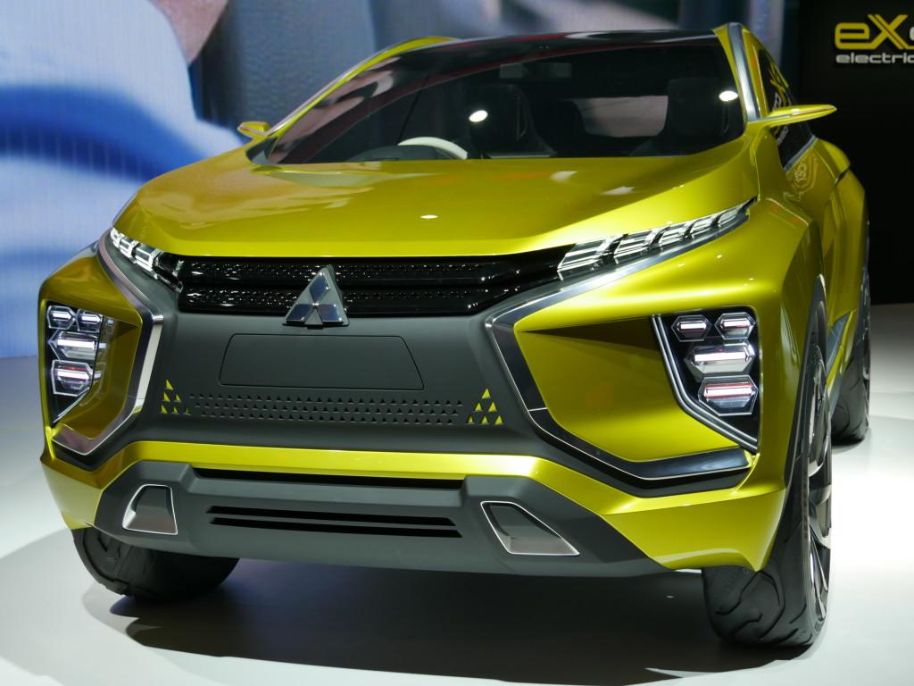 Mitsubishi_eXconcept_SUV_électrique_2015