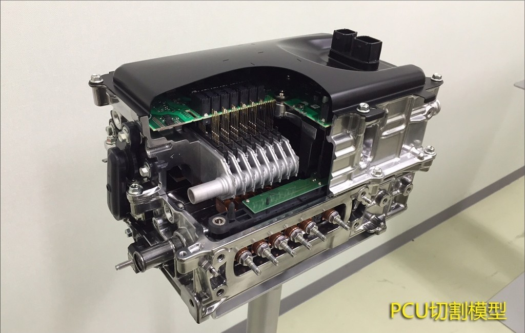 Toyota_Hybrid_2016_PCU_Power_Control_Unit