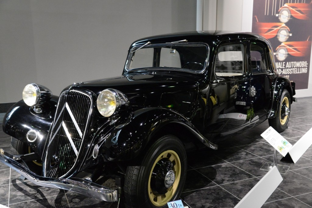 Citroën Traction Avant - 1937