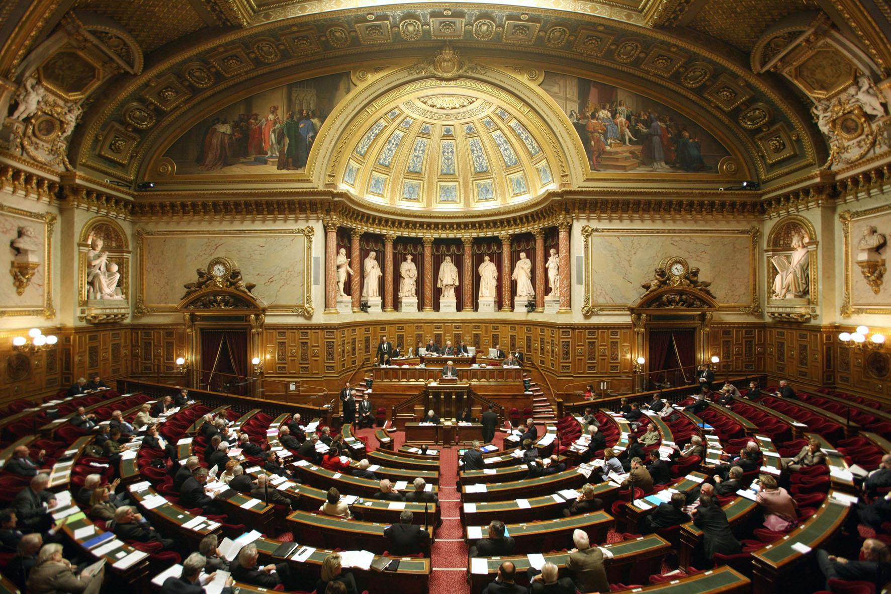 Flottes d'entreprise: le Sénat supprime le rééquilibrage des avantages fiscaux diesel-essence
