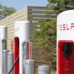 Tesla Supercharger: l'embouteillage devient critique en période de pointe