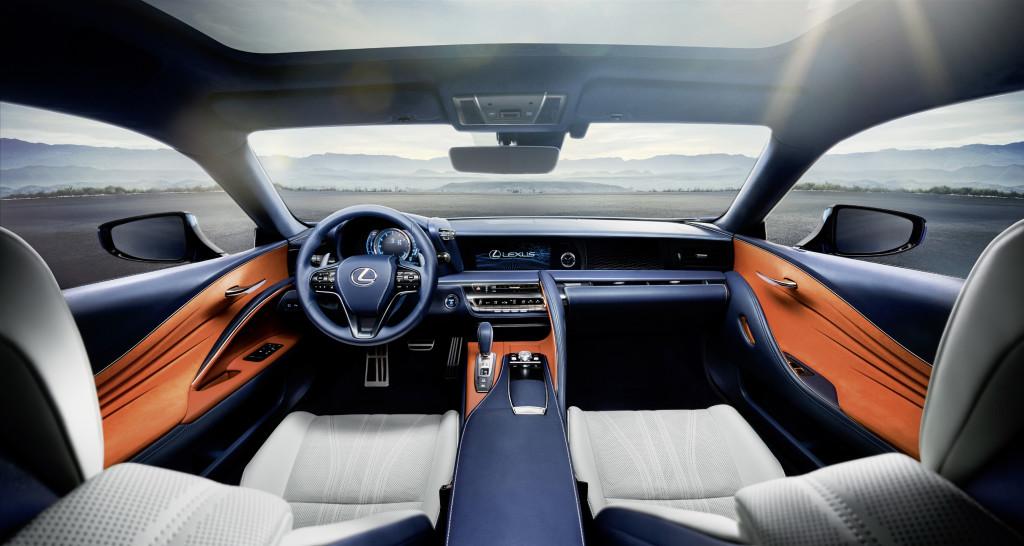 Lexus LC 500h intérieur