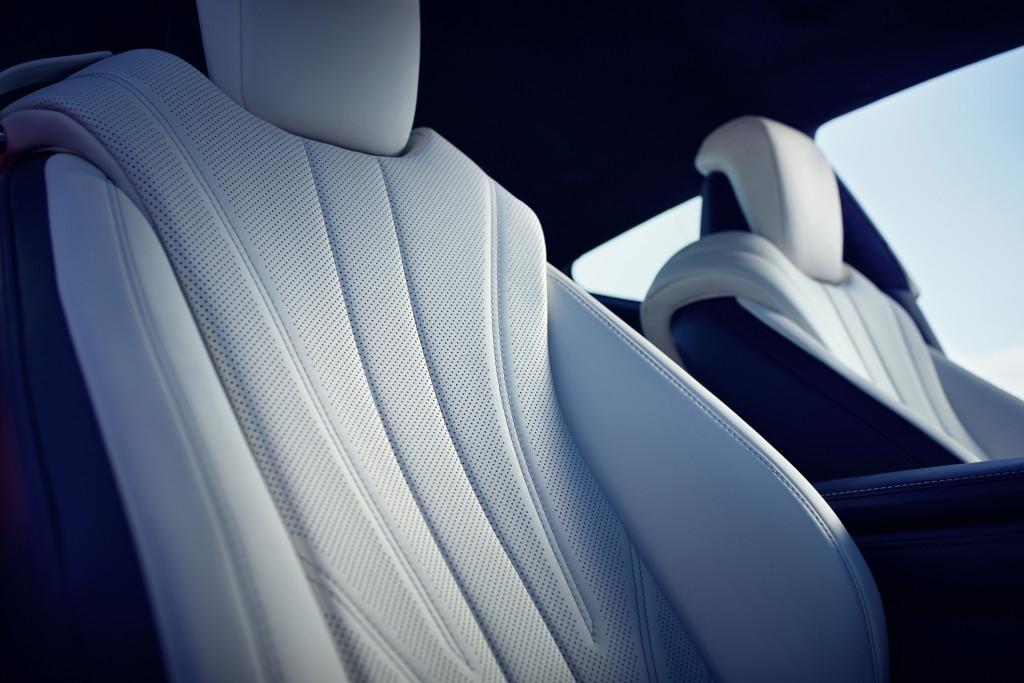 Lexus LC 500h siège cuir