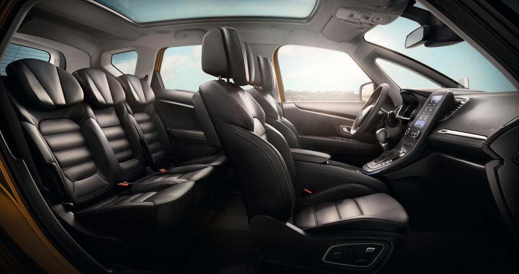 Renault Scenic Hybrid Assist 2016 intérieur