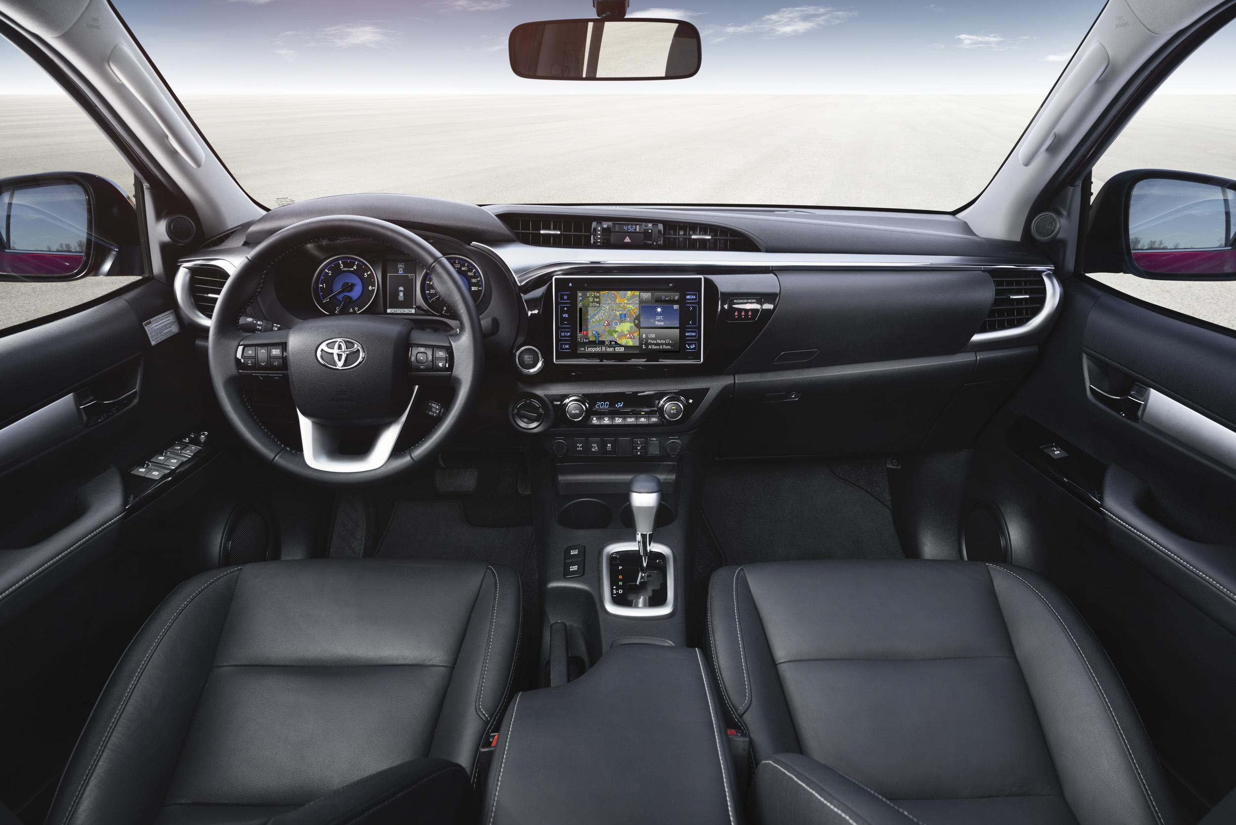 Toyota vient de fuiter la photo intérieure de C-HR ?