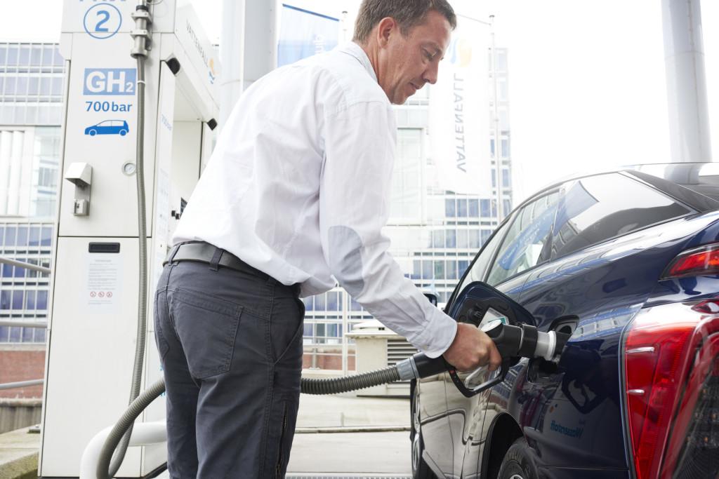 Toyota Mirai recharge pile à combustible
