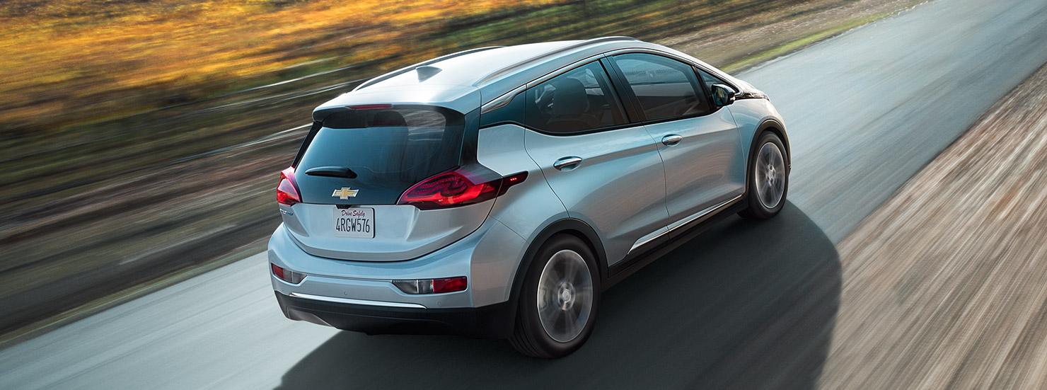 La Chevrolet Bolt EV répond à la Tesla Model 3