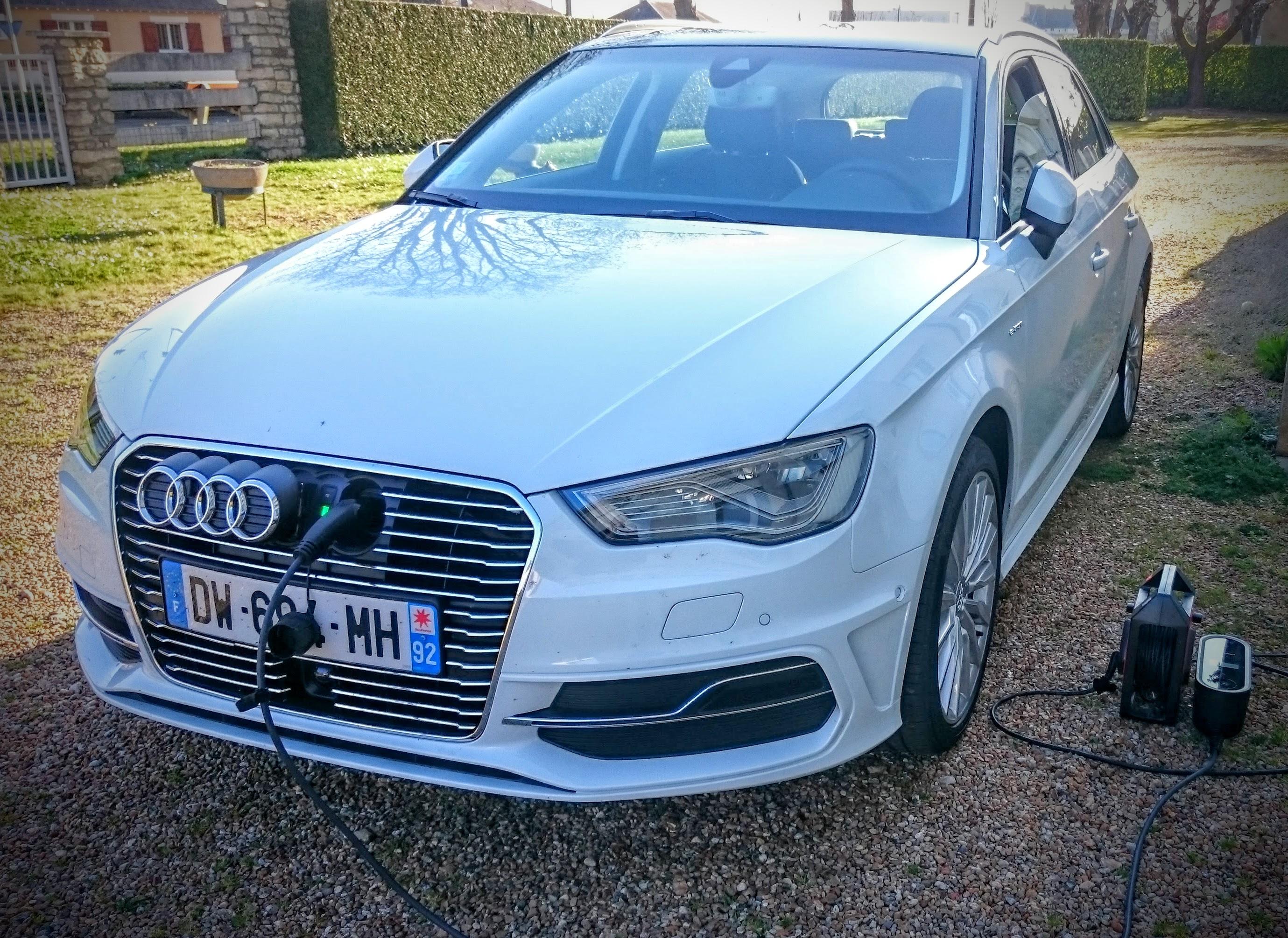 Essai Audi A3 e-tron : l'alternative branchée