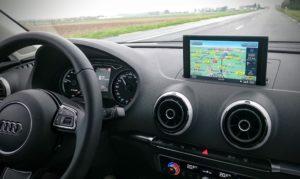 Equipement complet et assistances à la conduite rendent les trajets agréables.