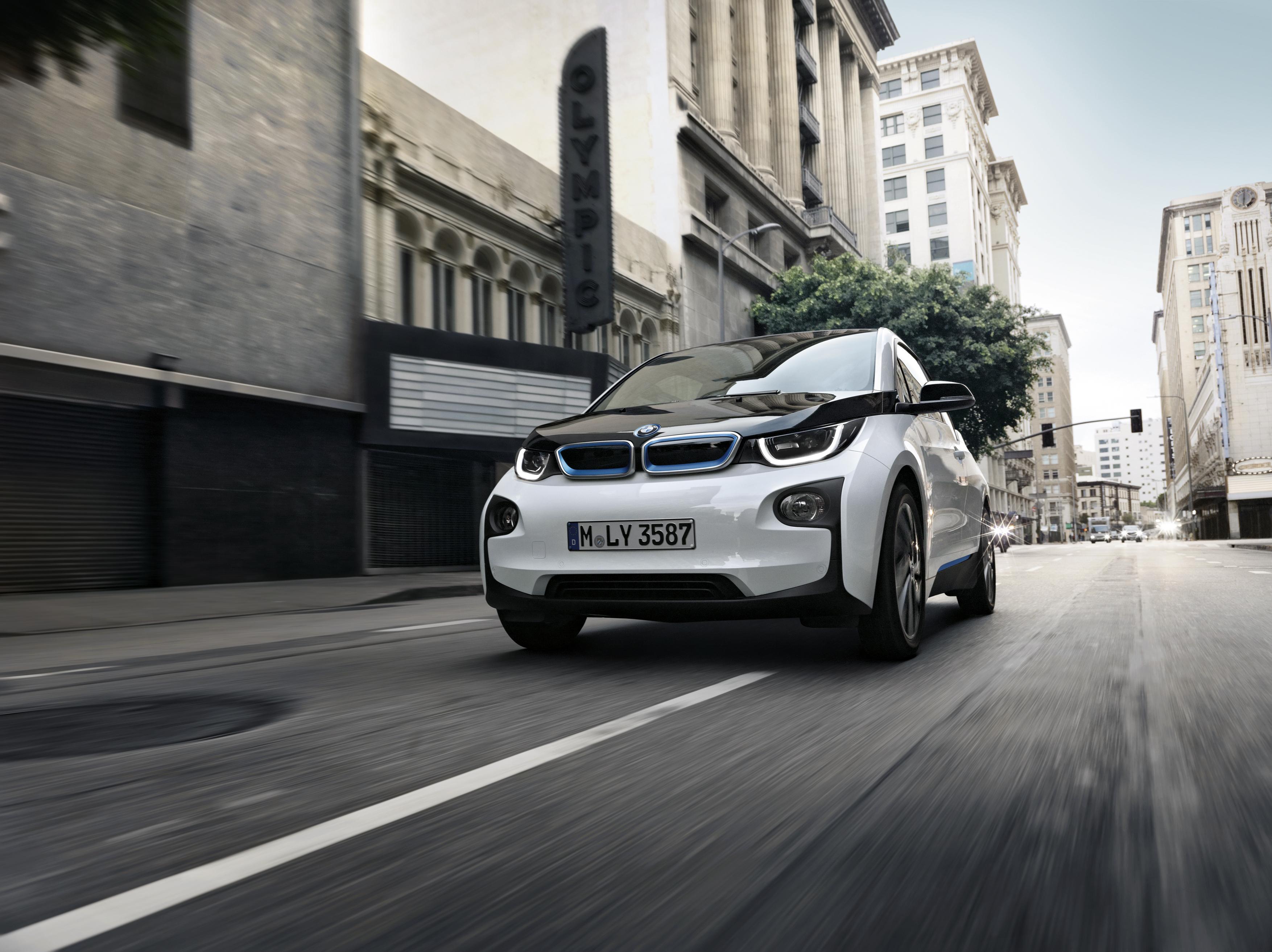 BMW i3 2017: 50% d'autonomie supplémentaire pour 1200€