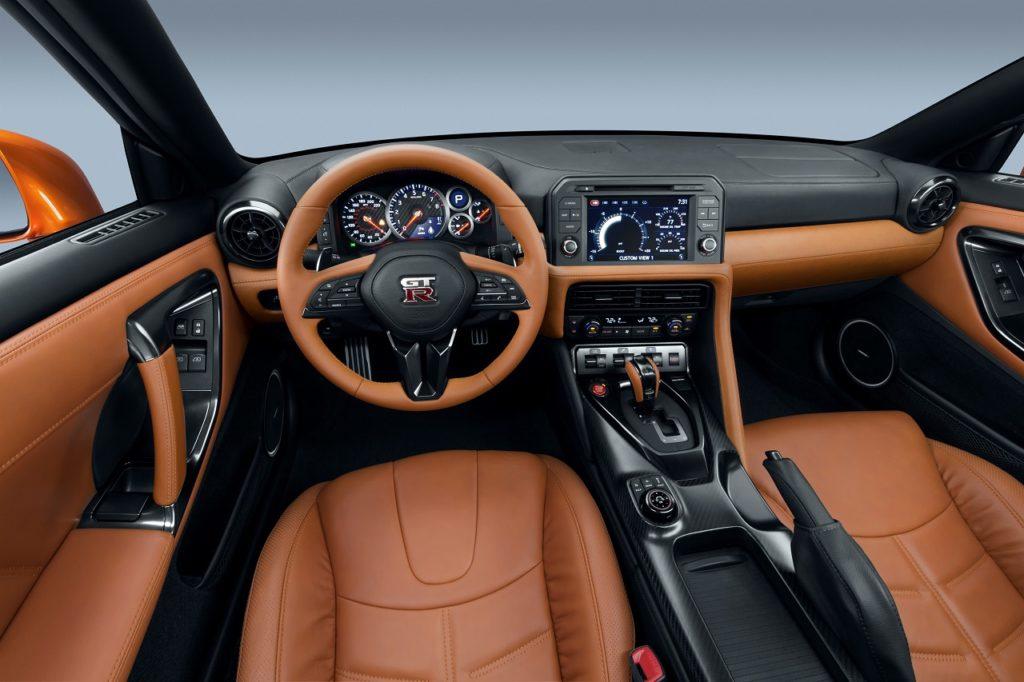 Nissan GT-R 2016 intérieur