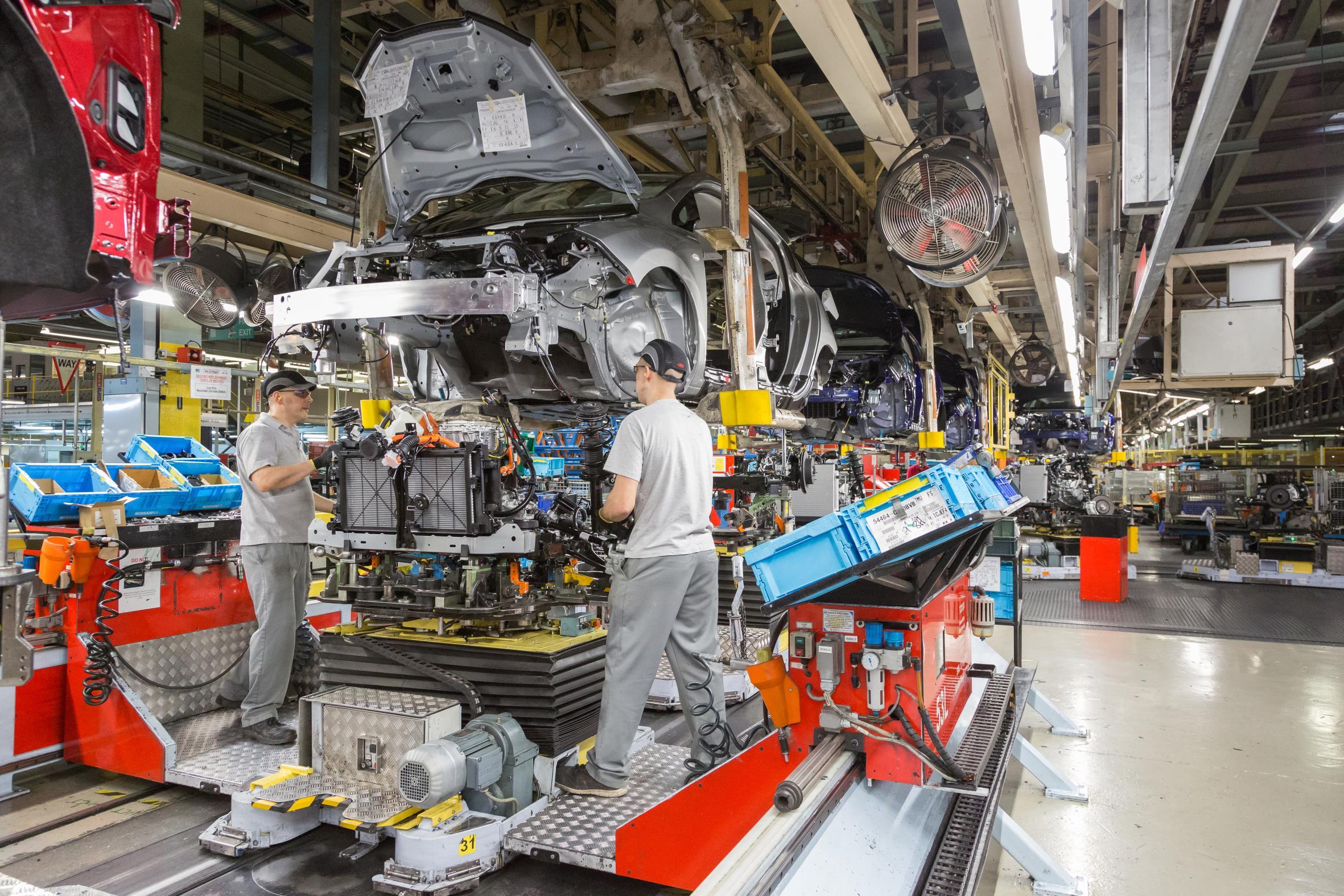 Nissan Leaf sur la chaîne de production à Sunderland
