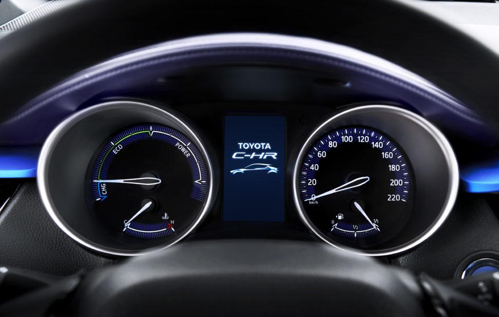 Toyota C-HR hybride instrumentation