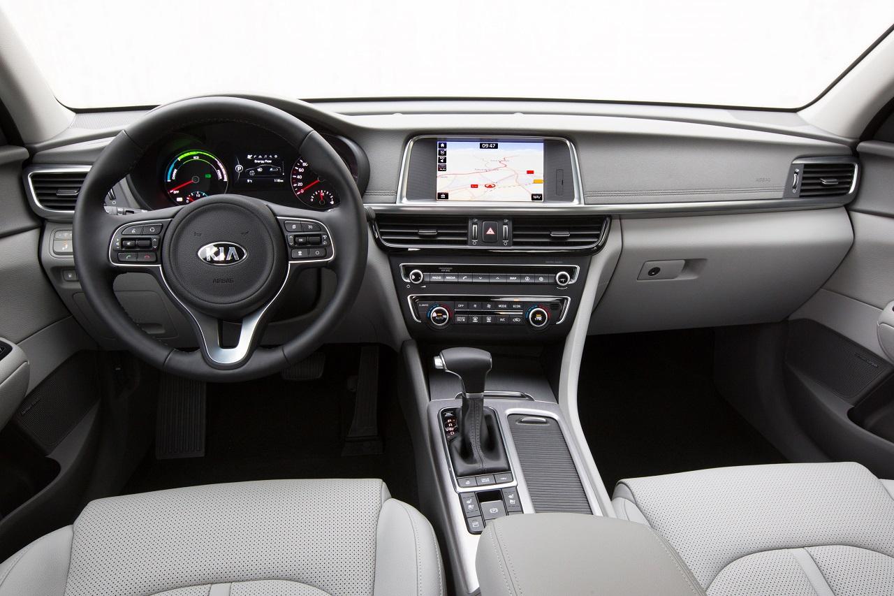Kia Optima hybride rechargeable intérieur