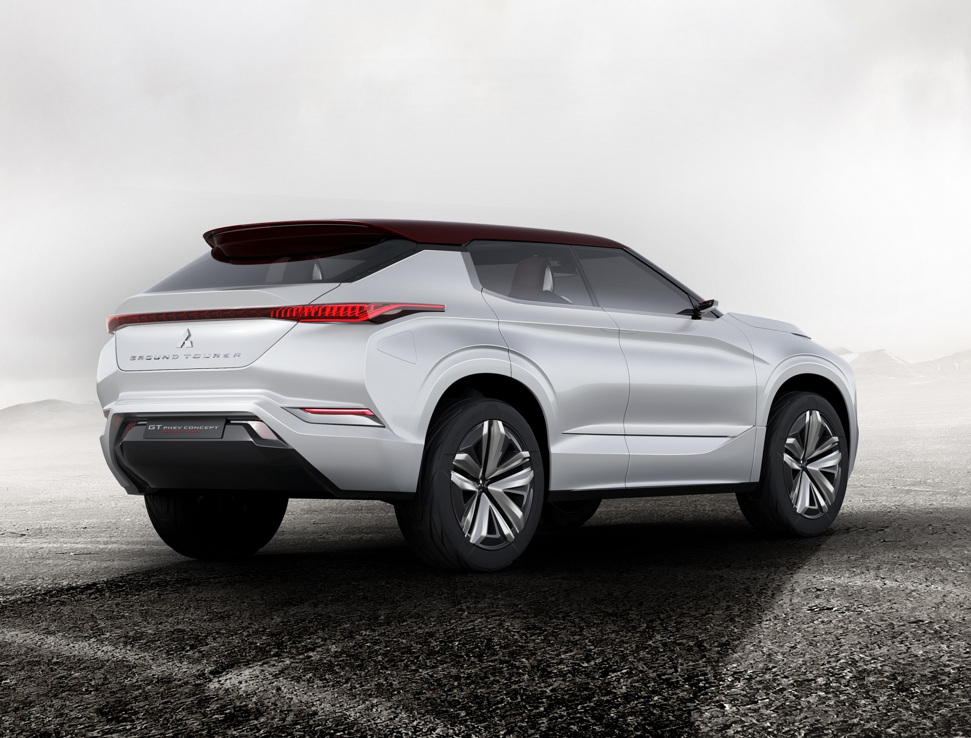 mitsubishi-gt-phev-concept-arriere