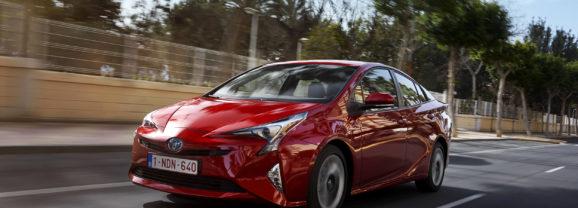 Toyota Prius 4 : restylage prévu fin d'année pour relancer les ventes?