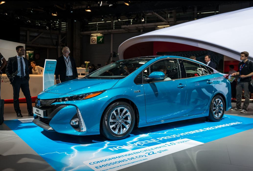 Toyota Prius Plug-in version européenne au Mondial de l'Automobile 2016