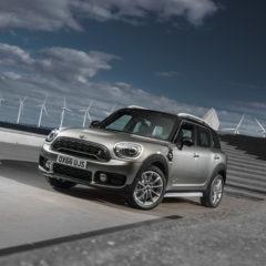 Nouveau MINI Cooper hybride rechargeable : eDrive britannique