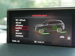 Audi Q7 e-tron quattro V6 TDI - Drive Select