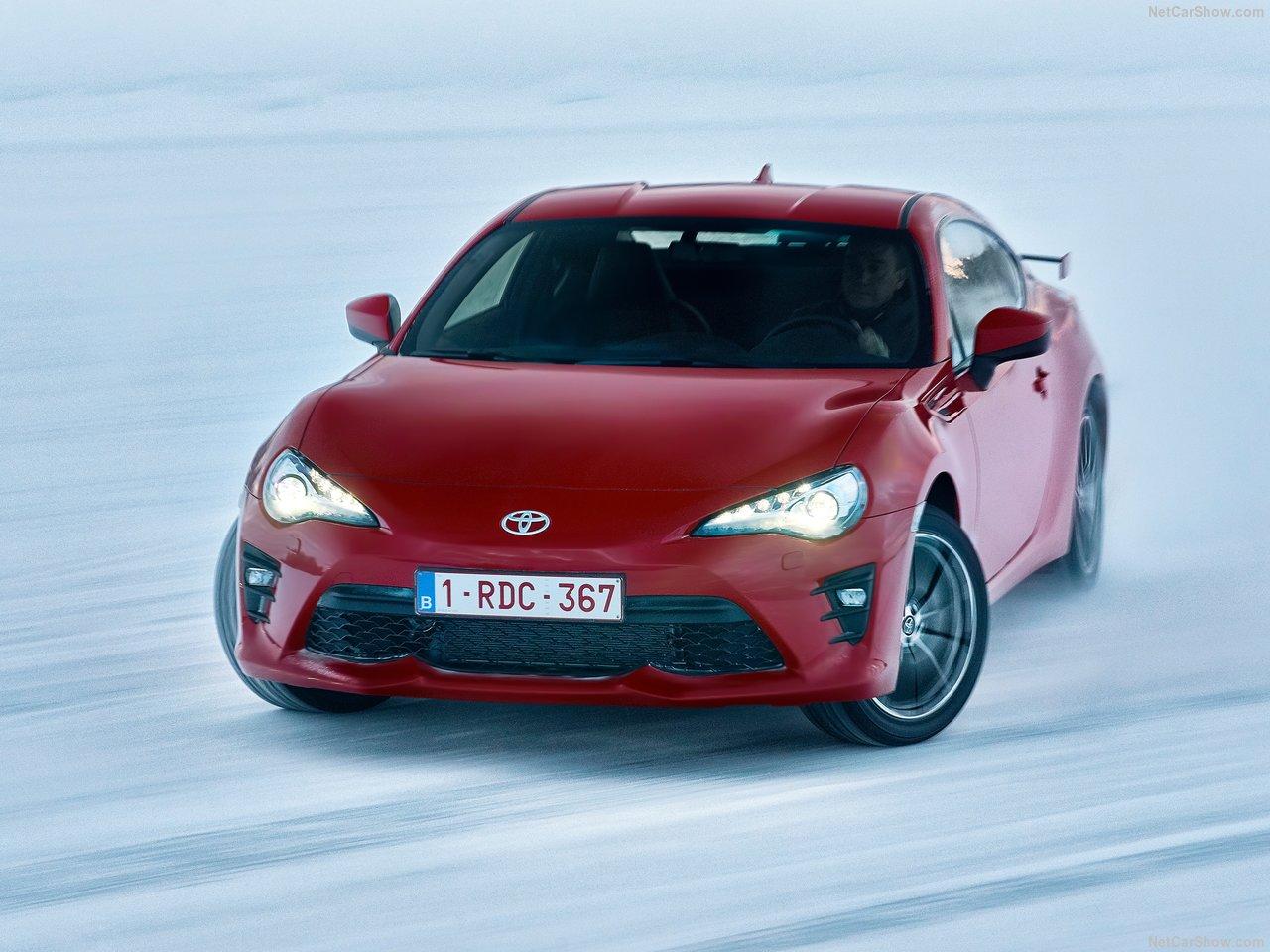 Les prochaines Toyota GT86 et Subaru BRZ en hybride?