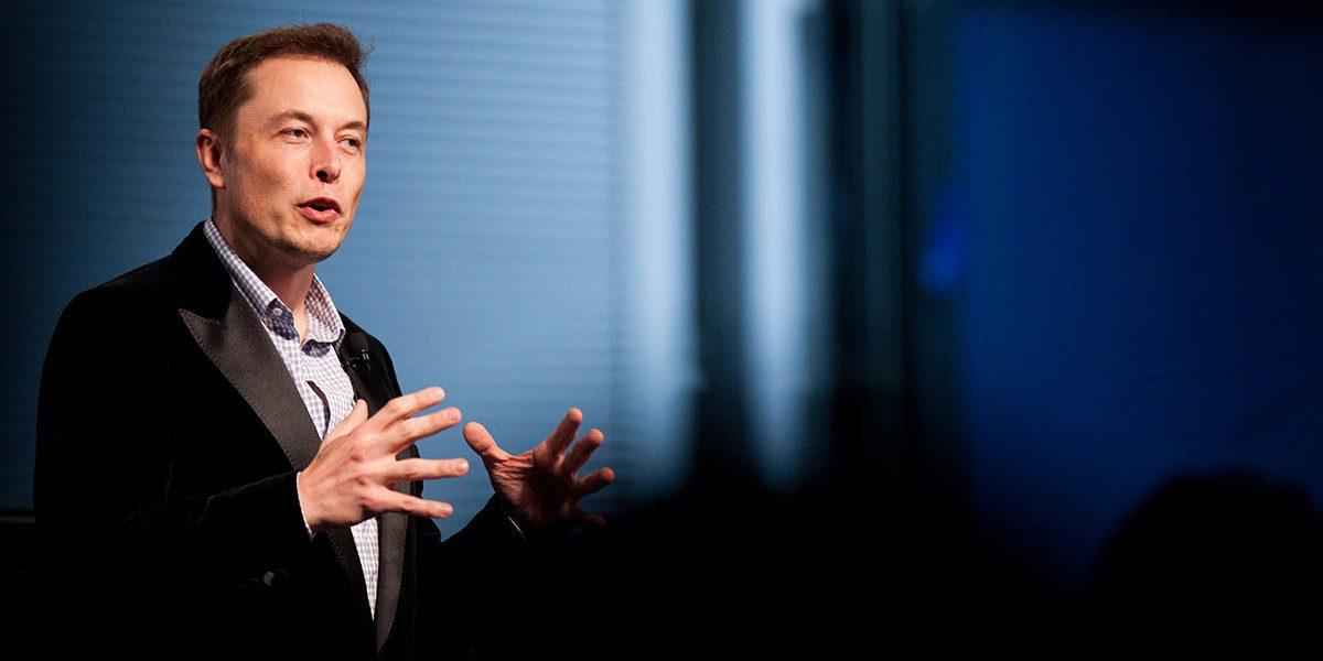 Tesla dévoile ses projets de camions et pick-ups électriques
