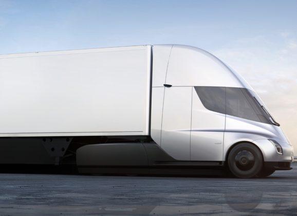 Ce que vous devez savoir sur le camion électrique Tesla Semi