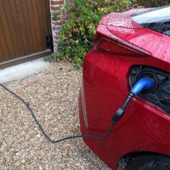 Tutoriel : J'installe ma prise de recharge pour voiture hybride rechargeable ou électrique