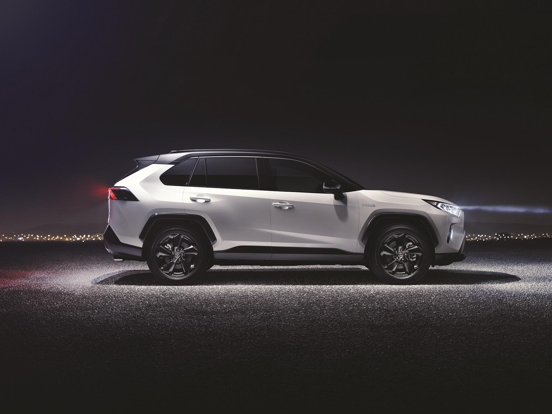 Nouveau Toyota RAV4 hybride 2019 dévoilé au salon de New York