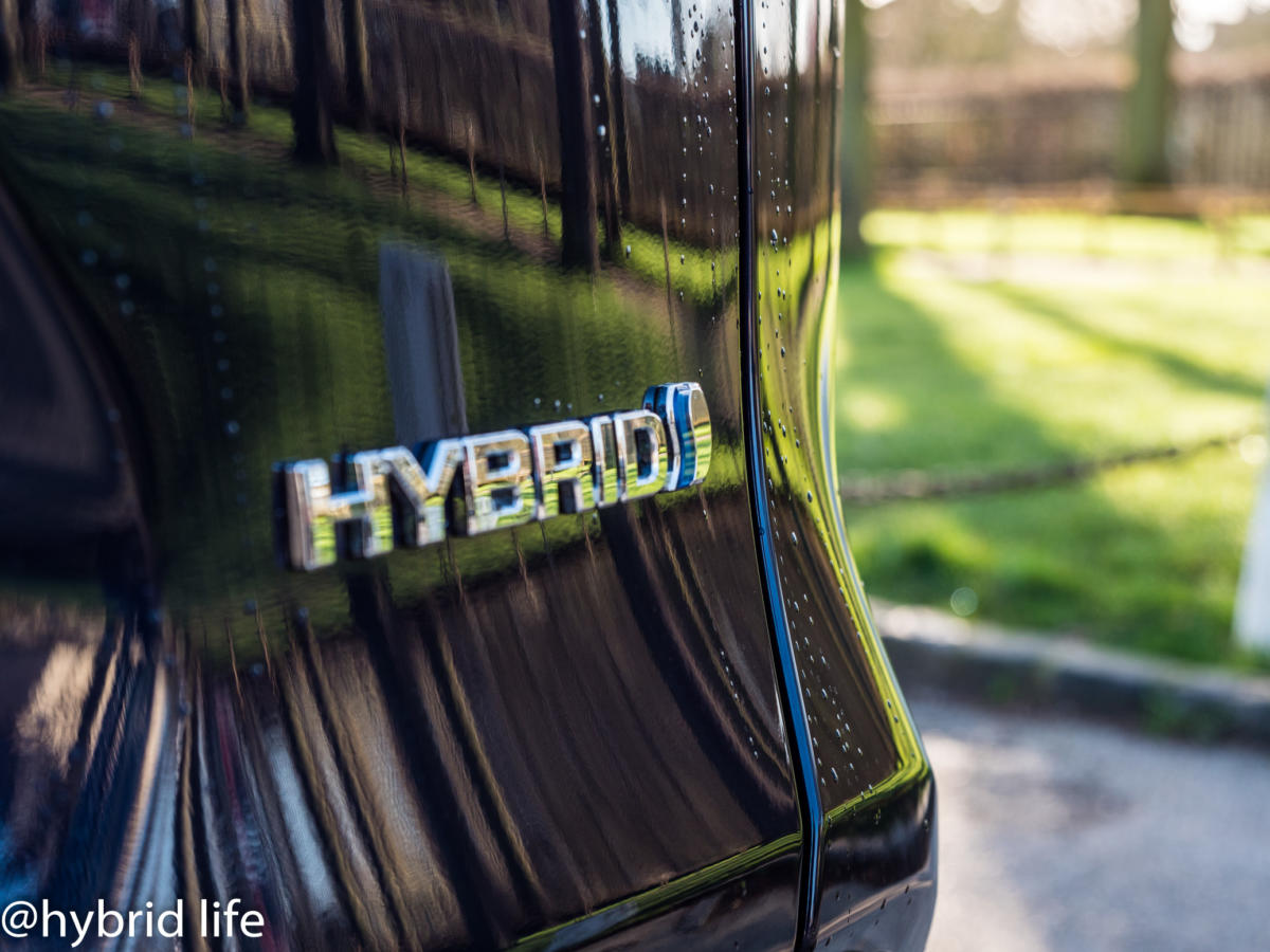 news.hybridlife.org-Toyota-RAV4-2019-3684